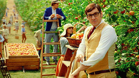 Strongbow Dark Fruit, an 'everyday' cider to appeal to modern flavoured cider drinkers. Wim Wenders directs for Stella Artois Cidre.