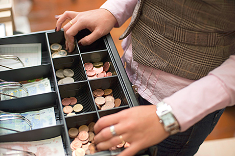 27% of retailers are concerned about employee theft of stock and 14% list employee theft of cash as a concern, according to the Retail Fraud Survey.