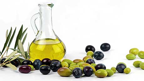 Analysts predicted an increase in olive oil prices because of a poor olive harvest last year. But declining demand in Europe has actually seen bulk prices drop. Standard cooking oil is also down but cold-pressed rapeseed oil is increasing its market share.