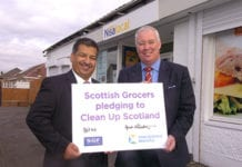 SGF president Abdul Majid, left, signed a pledge with Keep Scotland Beautiful's Derek Robertson, right, to clean up Scotland. The SGF has suggested members give funds from carrier bag charges to the charity.