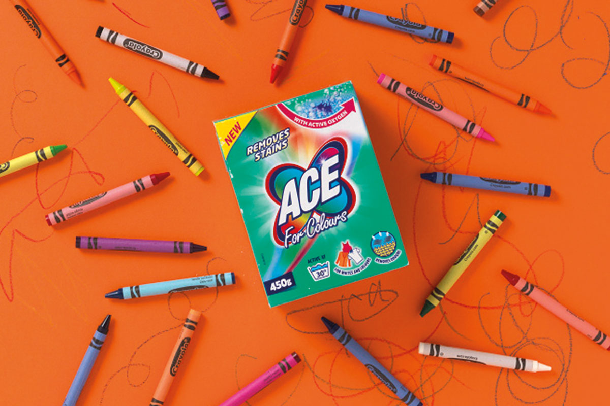 Ace Colour Powder in Tetra pack box