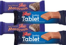 lees-barrs-tablet-and-macaroon