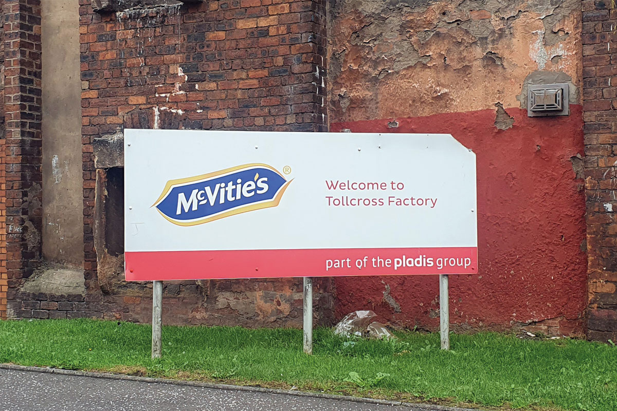 Signpost signifying McVities Tollcross Factory